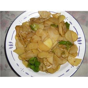 马铃薯炒青椒