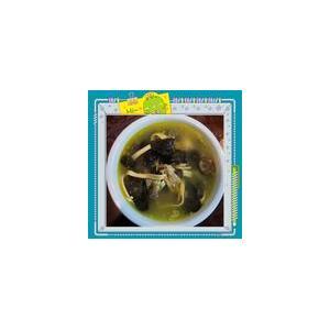 冬菇木耳鸡脚排骨汤