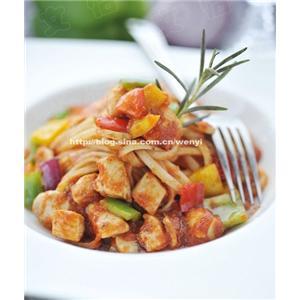 蘑菇鸡肉汤