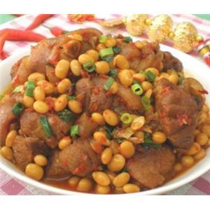 泡椒黄豆炖猪手