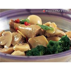 口蘑烩鸡脯