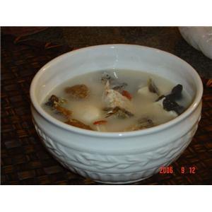 黑木耳青鱼汤