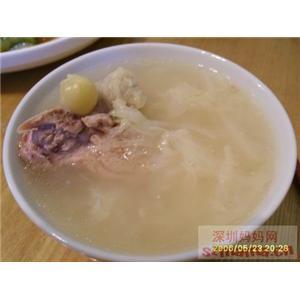 白菜炖猪骨汤