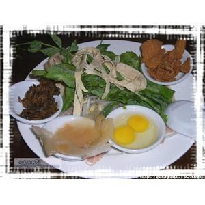 黄芽白煲鸭骨汤
