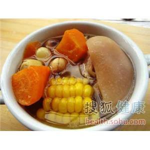 黄花木耳猪蹄汤