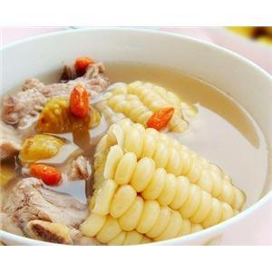 玉米炖排骨汤