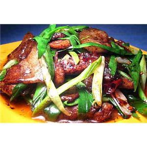 干豇豆蒜苗回锅肉