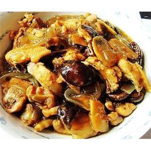 香菇炖三黄鸡