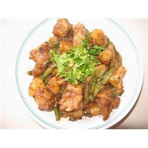 排骨炖土豆和豆角