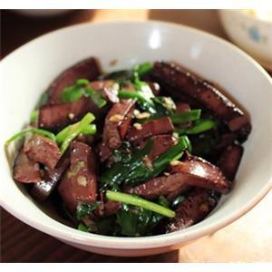 猪血炒韭菜