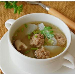 牛肉丸子萝卜汤