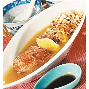蚝豉煲猪腱汤