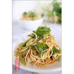 香菜拌豆腐皮