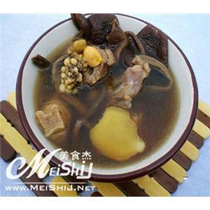 田七老鸡瘦肉汤