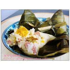 绿豆腊肉粽