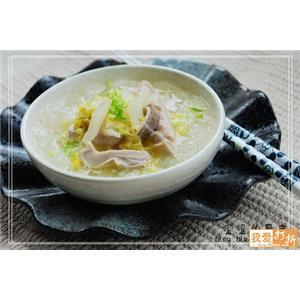 酸菜芋头汤