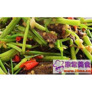 芹菜翠衣炒鳝肉
