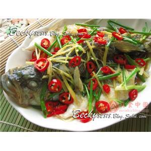 江东鲈鱼炖姜丝