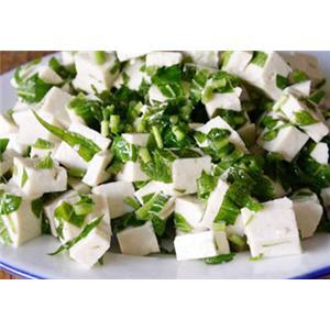香菜芽拌豆腐