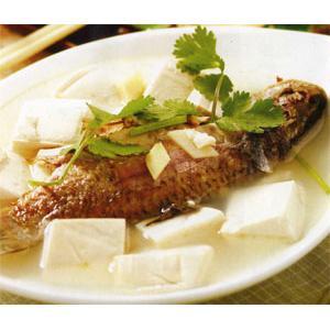 芫荽豆腐鱼汤