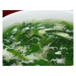 菠菜面配奶油蘑菇汁