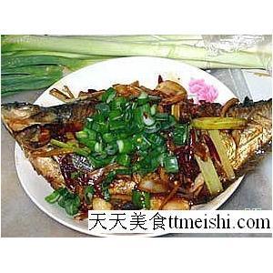 炒鳊鱼冬笋