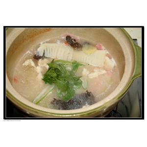 鸡汁香菜汤
