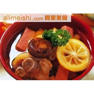 猪蹄煮丝瓜豆腐