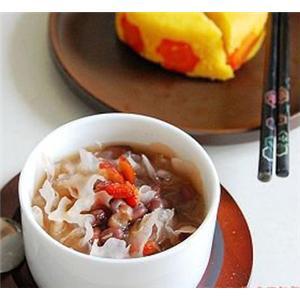 砂仁豆芽瘦肉汤