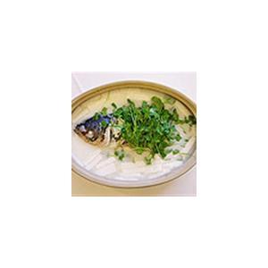 砂锅鱼头尾汤