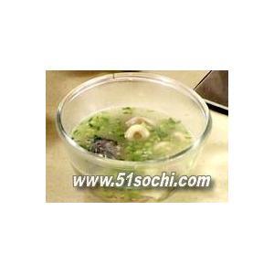 青豆鱼头汤
