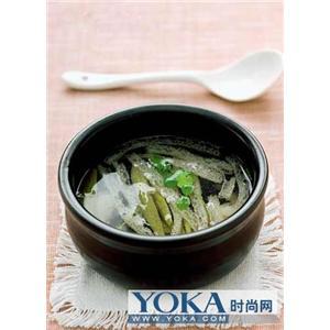 椒麻莼菜汤