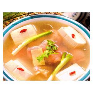 猪蹄葱白炖豆腐