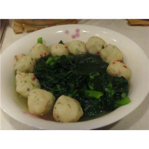 茼蒿鱼丸汤