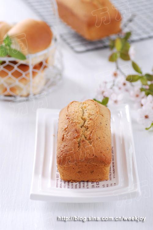 鼠尾草籽磅蛋糕