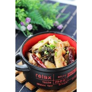 刺激味蕾的开胃大肉菜:酸菜火烧鸡