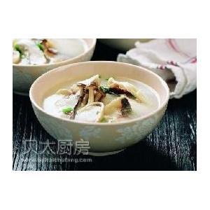 砂锅蘑菇鱼片