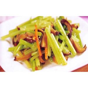 双菇溜芹菜