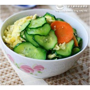黄瓜炒鸡蛋:最简单不过的家常菜