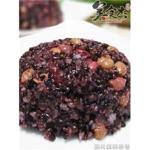 黑糯米八宝饭