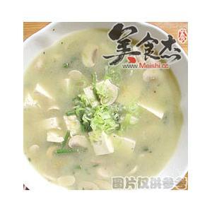 口蘑蕨菜汆豆腐