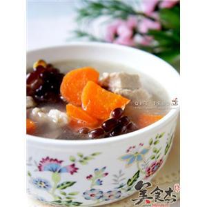胡萝卜玉米脊骨汤