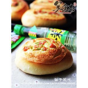 芥末火腿香菜面包