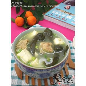 海带豆腐脊骨汤