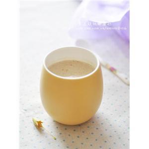 黑豆核桃粉蜂蜜奶