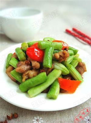 椒香豆角鸡丁