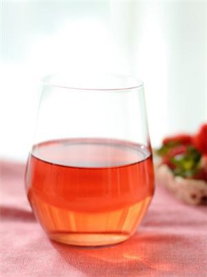 自制草莓酵素汁