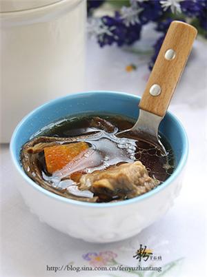 茶树菇炖排骨