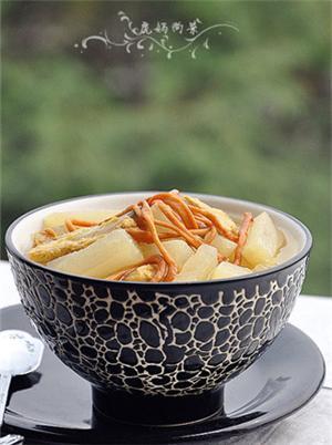 排骨萝卜煲