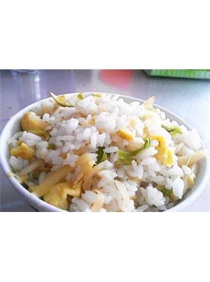 土豆丝鸡蛋炒饭
